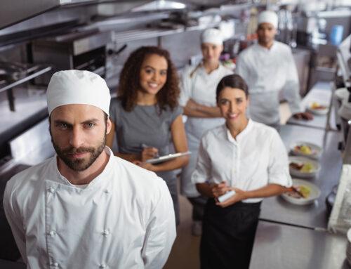 Personalsuche Gastronomie: So findest du die richtigen Mitarbeiter für deinen Lieferdienst